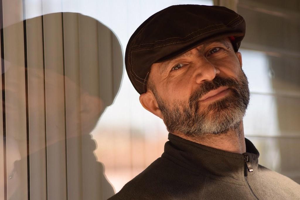 http://www.hebdocine.com/wp-content/uploads/2017/01/jihad-abdo-actor-syrien.jpg
